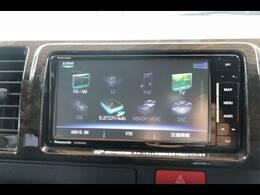 純正7型SDナビを装備。フルセグTV、ブルートゥース接続、DVD再生可能、音楽の録音も可能です。