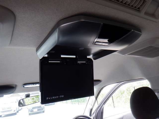 メモリナビTV/Bluetooth/DVD再生/Bカメラ/ETC/天吊りモニター/新品16inAW/ローダウン/WエアB/AC100V/Fスポイラー/社外ヘッドライト/社外LEDテール/社外ショック