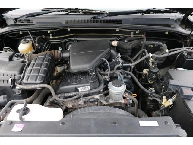 耐久性の高い2700ccのエンジンです。