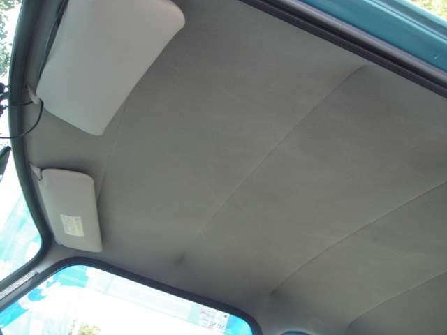 天井のたるみも無く綺麗な状態です