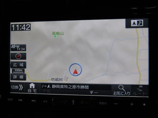 アルパインメモリーナビ+フルセグテレビ+Bカメラ+ETC付きです。詳細地図により目的地をピンポイントで設定できます。初めての道でも迷いにくく、ロングドライブも快適ですよ♪