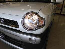 明るいヘッドライト装備で夜道もスッキリ視界で安心にドライブできます☆