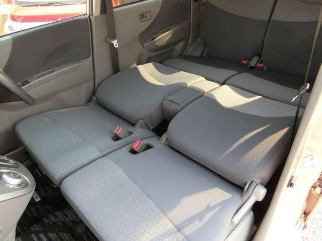 フルフラット可能なシート!車中泊にも申し分ない広さです!