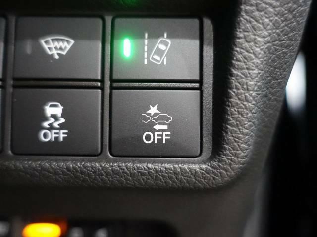 ホンダセンシング!低走行中、前方の車両をレーダーが検知し、衝突の危険性が高いと判断した場合に、衝突などの危険回避をサポート、又は衝突の被害を軽減します☆