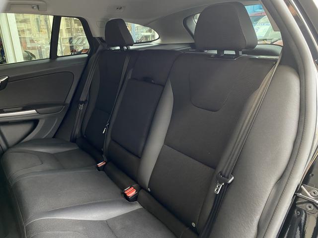 後席には、チャイルドシートも取付可能です。