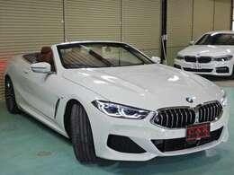 BMW Individual エクステンド・レザー・メリノ(バイ・カラー)タルトゥーフォ/ブラック、M ライト・アロイ・ホイール・マルチスポーク・スタイリング729M バイ・カラー