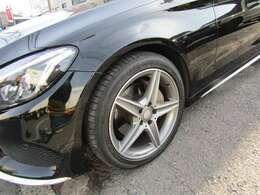 タイヤはダンロップ使用です!!