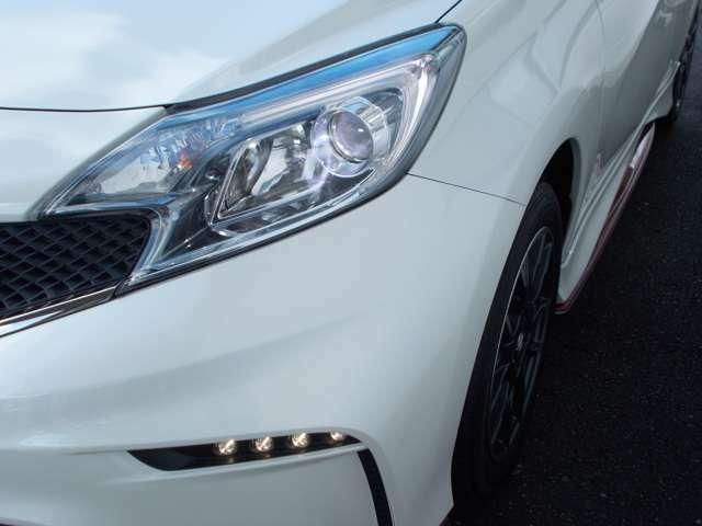 【LED】LEDヘッドライトです。視認性が向上し、安全確保!