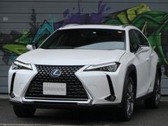 レクサス UX の中古車 UX300e 大分県大分市 678.0万円