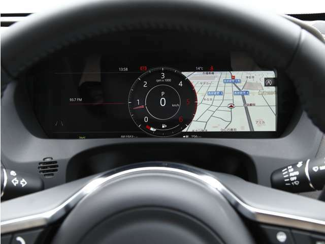 液晶スピードメーターにはナビゲーションも映し出すこともできます。