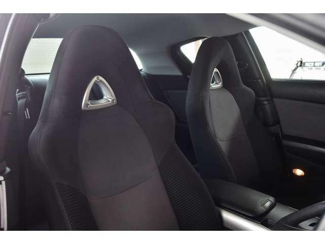 ルームクリーニング済みです。シートを丸洗いして車内の汚れをスッキリ落とし清潔な車内空間を作り出しています!