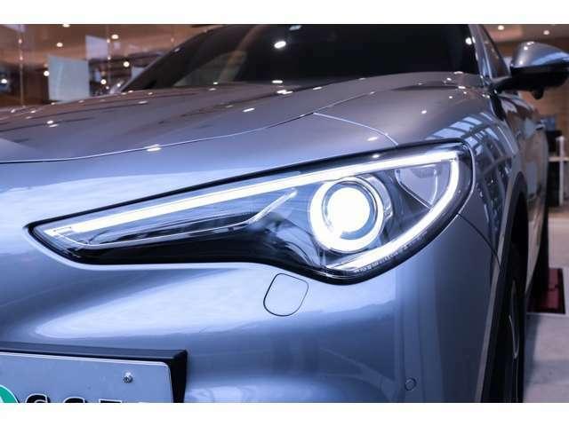 バイキセノンヘッドライト LEDデイタイムランニングライト