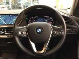 コンフォートpkg(ACC・BMW Individualアルミニウムライン・オートマチックテールゲート・イルミネーテッドベルリンインテリアトリム)