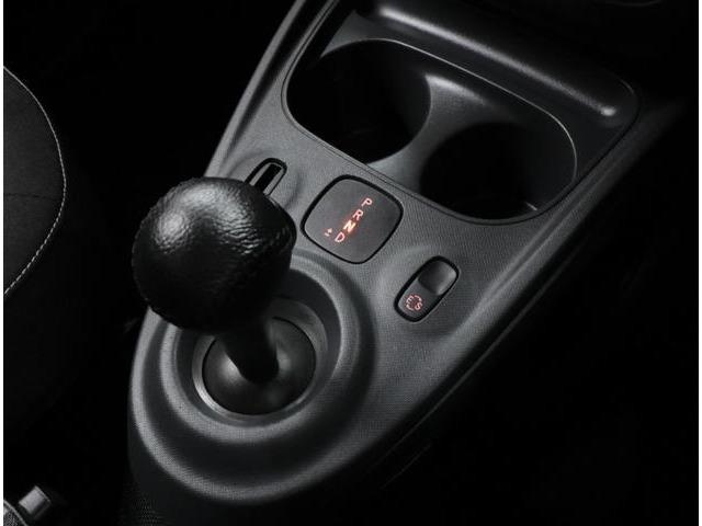 シフトアップやシフトダウンの際に駆動力が途切れないので、滑らかで快適なドライビングを楽しむことができる、6速デュアルクラッチトランスミッション(DCT)「twinamicツイナミック」を採用しています。