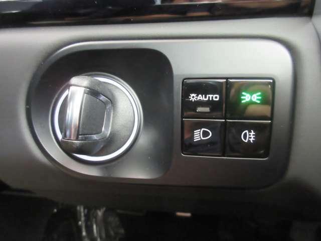 ポルシェ・エントリー&ドライブシステム付き♪キーを使用しなくてもドアロックやエンジン始動ができます!