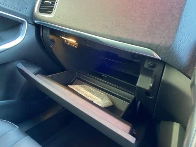 ETC車載器も付いております。