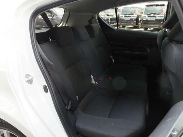 ブラック基調内装 特 別 仕様車「Sスタイルブラック」 ご不明な点など御座いましたらお気軽にお電話下さい。無 料 電 話 TEL No【 0066-9711-358442 】