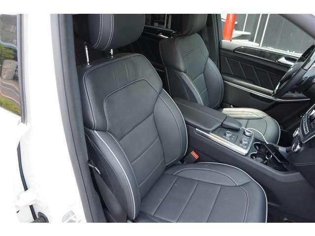 フロントシートにはAMGパッケージ専用装備のシートベンチレーターが装着され、3列7人乗りのシートレイアウトは、一般的な2+3+2。