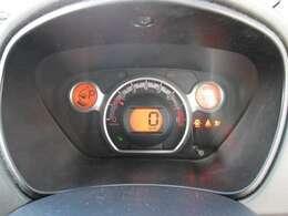 全車総額表示しております!追加装備等無ければ表示の金額でお乗りだしいただけます!(ナンバー管轄外の方は別途県外登録費がかかります。)