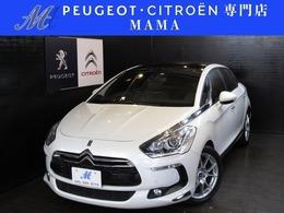 シトロエン DS5 シック Peugeot&Citroenプロショップ 禁煙車