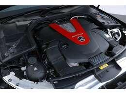 3.0L V型6気筒DOHCツインターボ、390ps/53.0kgm