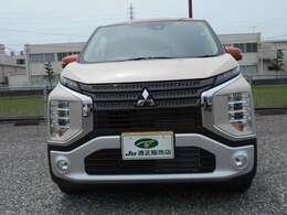 フロントフェイスは三菱自動車のフロントデザインコンセプトである「ダイナミックシールド」を採用。LEDポジションランプは視認性の良いボンネットフード下に、