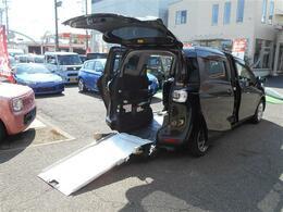 トヨタ シエンタ ウェルキャブ 車椅子1台固定