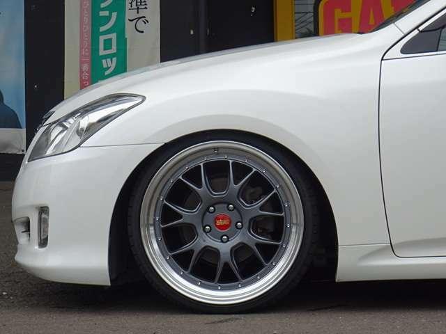 SALE価格!BBS LM-Rタイプ20inch(タイヤ&ホイール未使用品)/全長式車高調にてローダウン済!車検対応まで上げる事も勿論可能です。