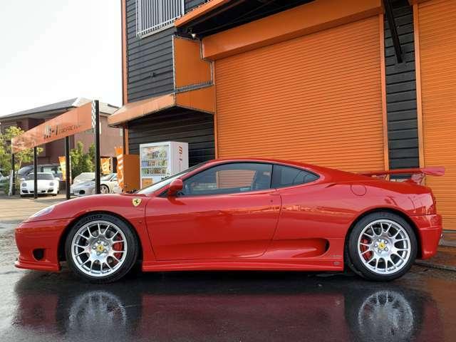 フェラーリチャレンジストラダーレBBS18インチアルミホイル付!フェラーリ車高調キット付!ロッソカラーフェラーリブレーキキャリパー付!
