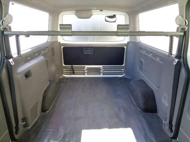 荷室もキレイに使用されていました。お問い合わせは03-5672-1023へ