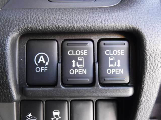 アイドリングストップ 両側オートスライドドアであるととても便利です★