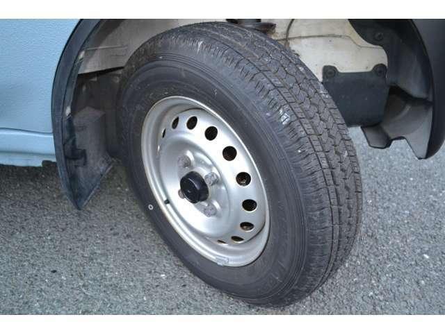 タイヤはトーヨータイヤの新品に交換いたしましたので、ながーくお使いいただけます!