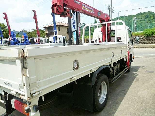 キャブ標準ロング 荷台内寸L370cmx178cmxH38cm 積載量 2.000kg