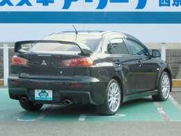 『認定中古車』とは…主にスズキ&三菱ディーラー(当社)が認定した中古車です。 スズキ&三菱車以外のお車も 『認定中古車』 として販売し、保証制度も 『認定中古車』制度と同様の保証を適用することができます