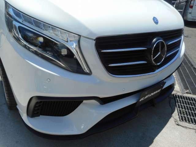 前を走る車や障害物と衝突する危険性のある場合、ディスプレイと音でドライバーに警告してくれるレーダー型衝突警告システム(CPA)を搭載!