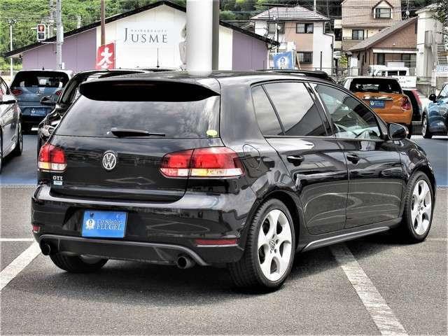 VWならではの街乗りしやすいサイズながらもハイレベルな走りも体感できるのがGTIの魅力です。