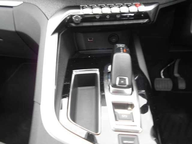 純正ナビ.フルセグTV バックカメラ 360°カメラ サンルーフ スペアキー パワーリアゲート アイドリングストップ アクティブクルーズコントロール ブラインドスポットモニター
