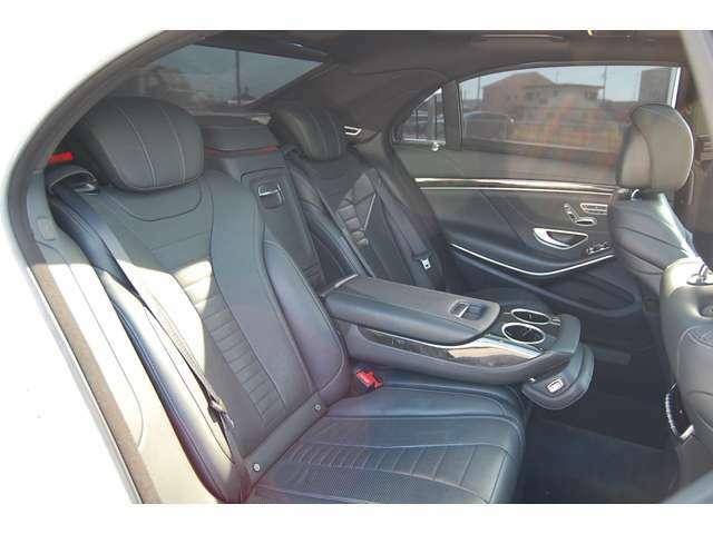 S65本物Fバンパー/サイドステップ/リアバンパー使用/カーボンFスポイラー/リアスポイラー/ロワリング/ゴールドキャリパーP/地デジ走行中見れます/窓枠フレームブラックアウト