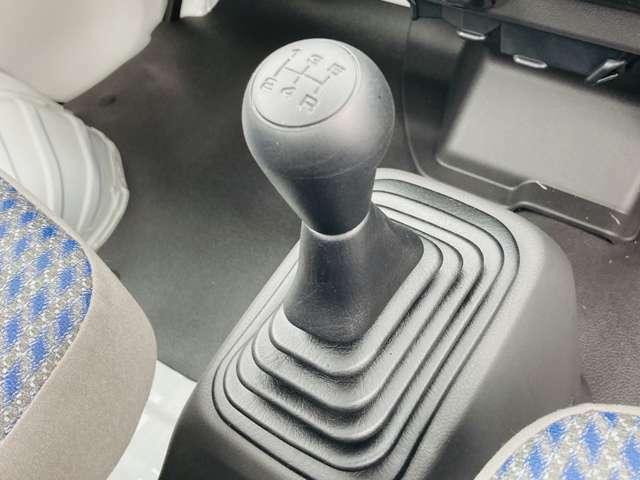 【 5速MT 】こちらのお車は、軽トラックても需要の高いマニュアル車となっております。