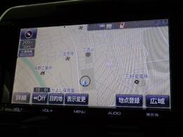 トヨタ純正9インチSDナビです。地デジ(フルセグ)の視聴に、CD再生とDVD再生も可能です。Bluetooth通話とオーディオにも対応しています。