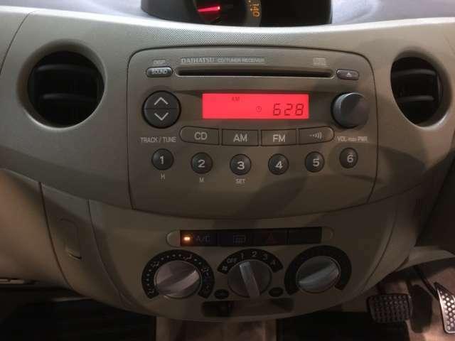 純正CD.、ラジオオーディオついてます。操作しやすいダイヤル式エアコン☆