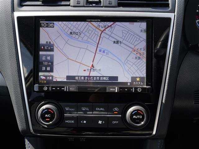 こちらのお車には、メモリ―ナビ地デジ・バックカメラ・CD・DVDビデオ・ブルートゥース・ETC・USB・レーダークルーズ・LDA・シートヒーター・パドルシフト・LEDライナー・社外18AWが装備!