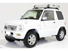 4WD ヴィンテージヘッドライト ルーフラック ホワイト背面ハードタイヤカバー クリスタルサイドマーカー 外国製新品タイヤ4本交換 3面スモーク ドアバイザー オートマ車 パートタイム4WD☆