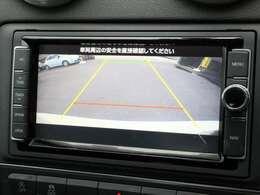 ■前後コーナーセンサー ■バックカメラ