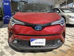 グレードは特別仕様車「G LEDエディション」です。燃費向上に貢献する明るいLEDヘッドランプを搭載。