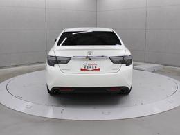 プリクラッシュセーフティシステム、レーンディパーチャーアラートなど4つの先進安全機能をセットにした衝突回避支援パッケージ「Toyota Safety Sense」を装備しています。