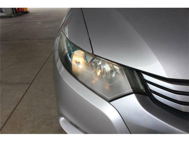 ヘッドライトクリーニング&プロテクトをオプションにて施工承ります♪ヘッドライトの見た目もキレイに、視界もしっかり明るくなるのでオススメですよ♪