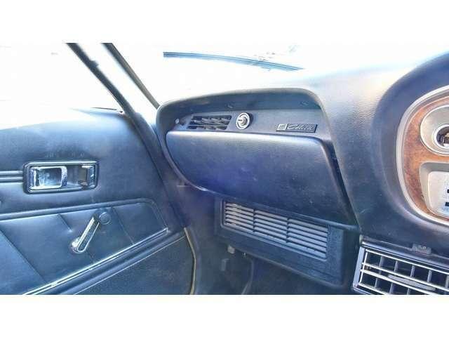 入庫時だけではなく、ご納車前にも細部まで心を込めてクリーニング致します!中古車ですので使用感を極力取り除けるよう時間をかけて丁寧に仕上げます。