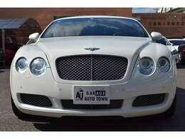 低プライス、高品質のお車を随時25台以上展示しております★注文販売も行っておりますのでお気軽にスタッフ迄お申し付け下さい♪