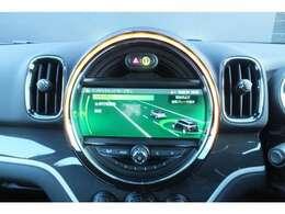 ドライビングアシスト標準装備 前車接近警告(歩行者検知機能付) 衝突被害軽減ブレーキ 警告タイミングは3段階で調整可能